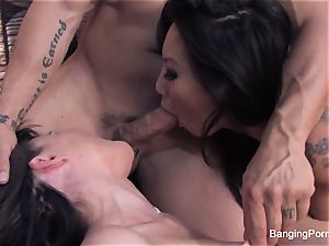 Asa and Dana crew up for a warm 3 way with Derek
