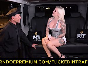 ravaged IN TRAFFIC - spunky blondes car triangle drilling