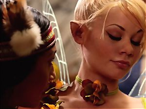 Riley Steele and Vicki chase in parody three way