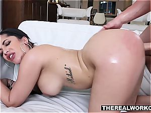 uber-cute Latina wiggles her naughty booty for the coach