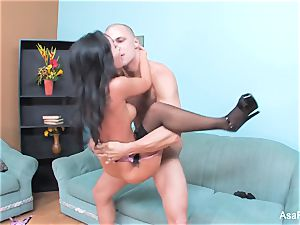 asian sex industry star Asa gets her cock-squeezing vag drilled