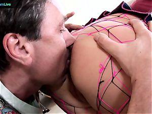 Phoenix Marie takes 2 lollipops on both her crevasses