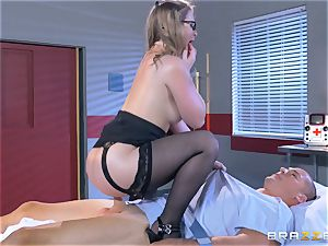 insatiable physician Sunny Lane gets hold of her favourite patient