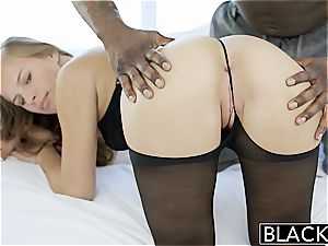 uber-sexy Jillian Janson takes a dark-hued erection in her cock-squeezing rump