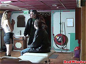 Creampied dutch hooker entertains tourist