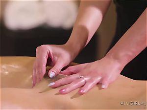 Abella Danger and Haley Reed scissor hump makes them orgasm