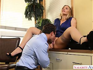 buxom secretary Nicole Aniston entices her chief at work