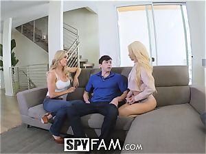 SpyFam Step mom Brandi love gives Elsa Jean fucky-fucky advice