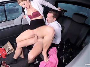 banged IN TRAFFIC - super-fucking-hot Czech stunner nailed in the car