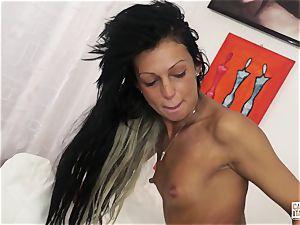 casting ALLA ITALIANA - casting fuckfest for Italian rookie