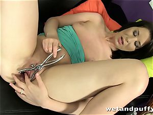 super hot honey Tery taunting that ultra-cute puss