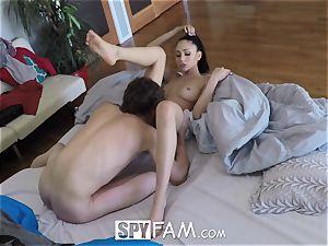 SpyFam Step step-sister Ariana Marie pummels step bro