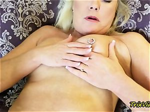 mummy onanism and Toe blowing orgasms with Ms Paris