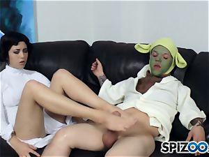 Daisy Haze strokes off yoda with her soles