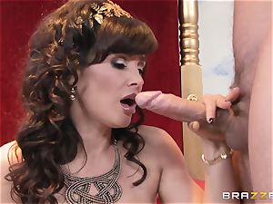 Divine mature Lisa Ann tests huge spunk-pump on Olympus