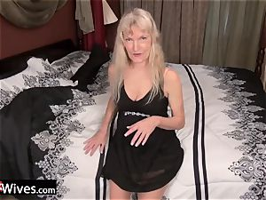 USAWives slim platinum-blonde grandmother Cindy solo play