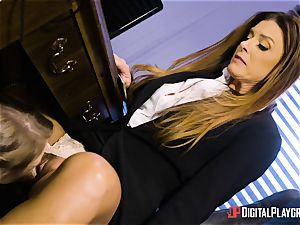 India Summers and Sunny Lane poon tribbing act in the office