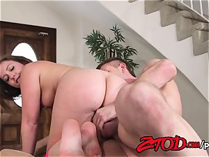 Maddy O'Reilly opened up and banged